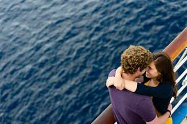 5 Reasons a Cruise is the Best Honeymoon Option